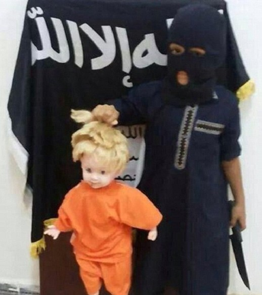 IS teaches child recruits how to sever heads