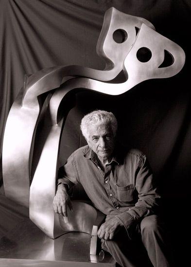Parviz Tanavoli-Iranian Sculptor