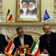 Ali Larijani at a meeting with Nouri al-Maliki
