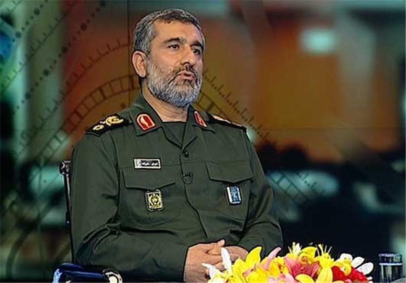 Iran possesses non-nuclear 10-ton bomb: commander