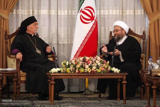 Larijani-Religion