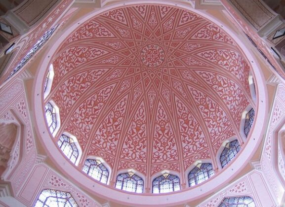 Islamic Architecture in Photos: World's Pink Mosques