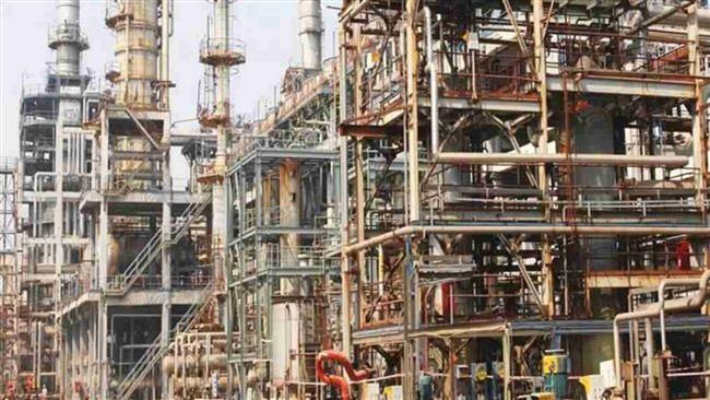 Oil refinery in India