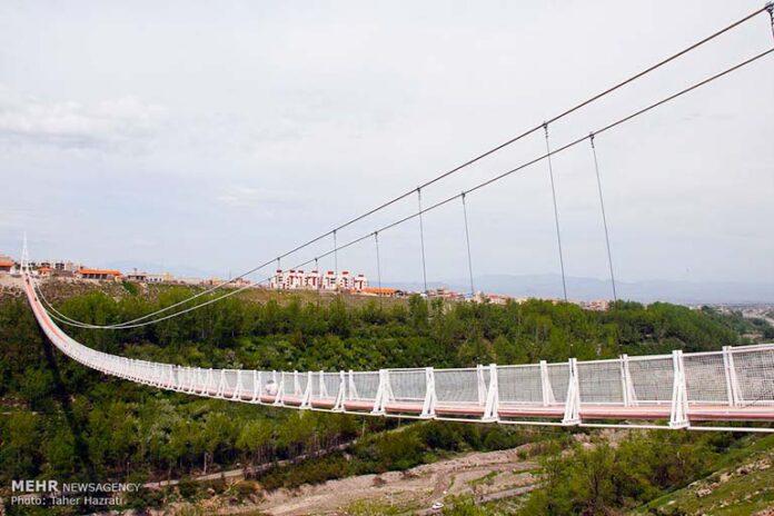 bridge in northwestern Iran_000