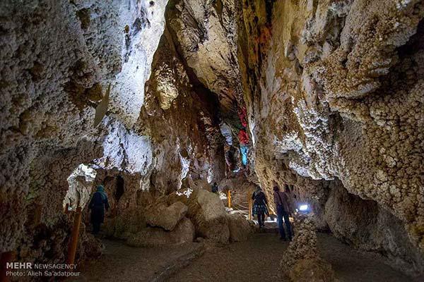 Chal-Nakhjir Cave28