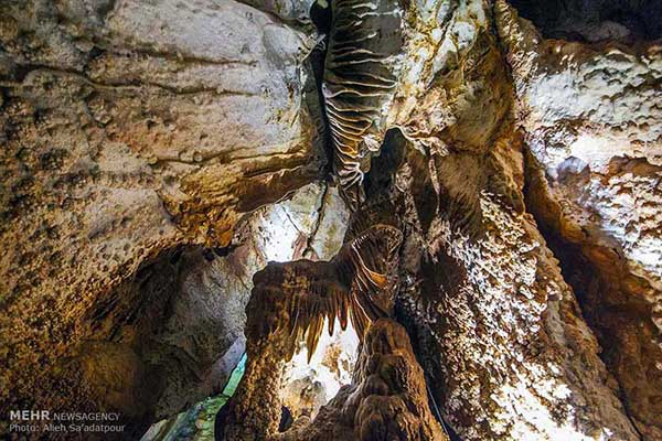 Chal-Nakhjir Cave30