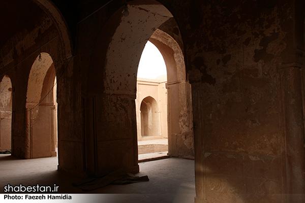 Fahraj Mosque402