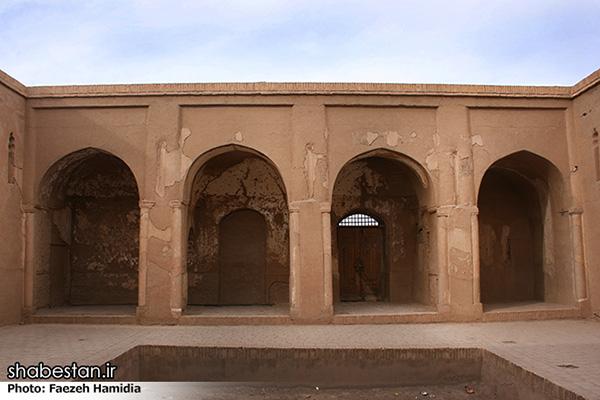 Fahraj Mosque90