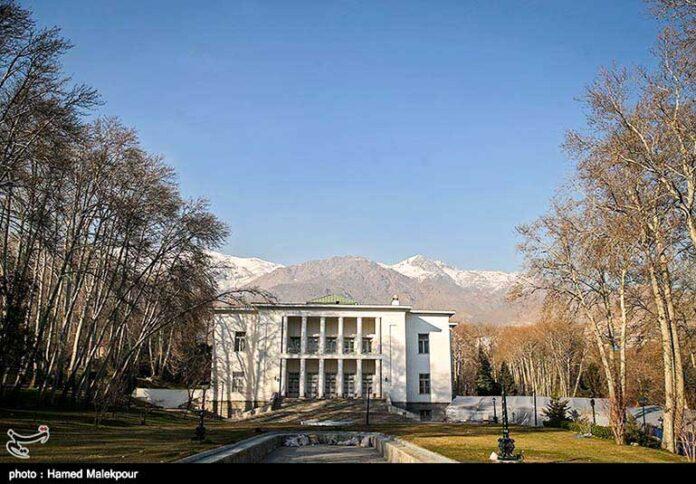 Mellat Palace Museum00