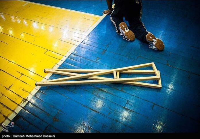 Paralyzed Iranian man00
