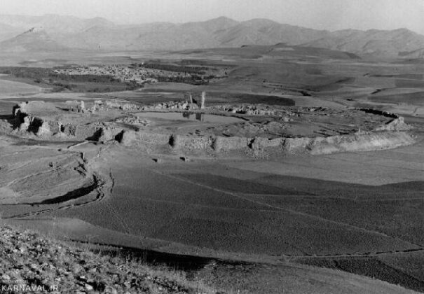 An Old Image of Takht-e Soleyman