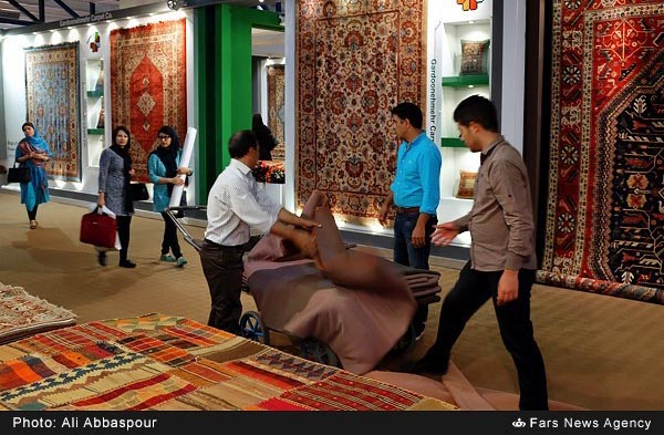 hand-woven carpet4