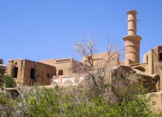 shaking adobe minaret28857