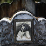 cemetery1995189_b