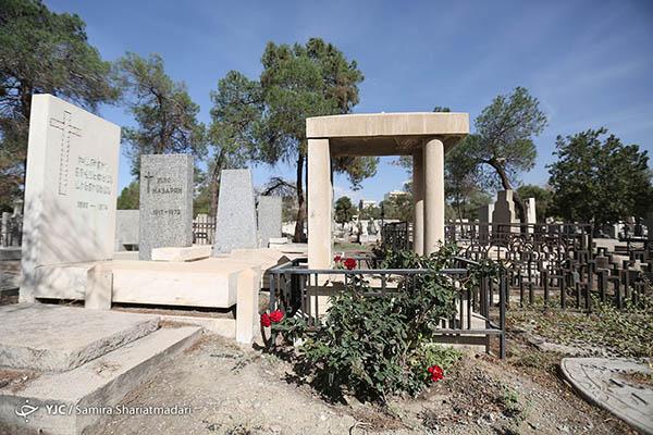 cemetery3689066_299 (1)