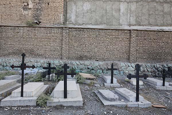 cemetery3689078_747