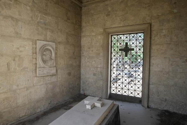 cemetery58