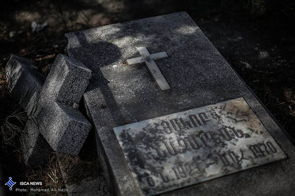 cemetery67909025_b