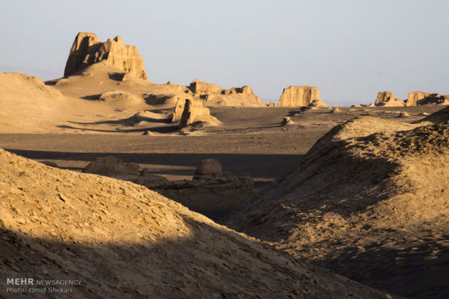 Remarkable desert formations in southeastern Iran (24)