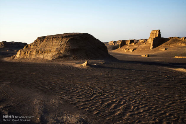 Remarkable desert formations in southeastern Iran (6)