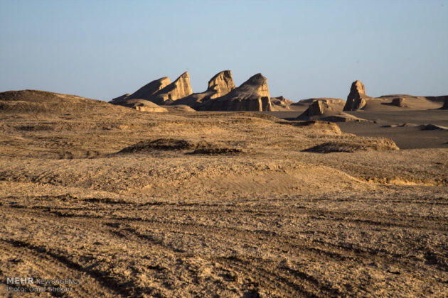 Remarkable desert formations in southeastern Iran (8)