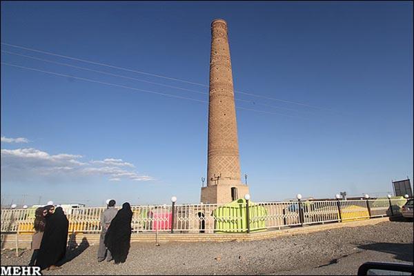 7Old minaret81231