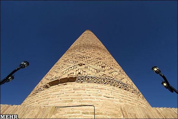 Old minaret781225