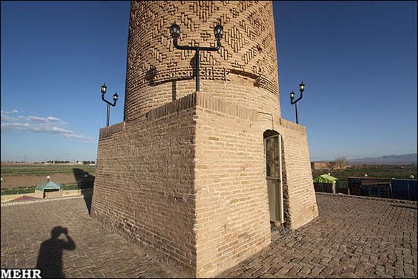 Old minaret781227