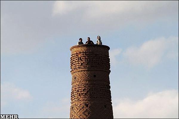 Old minaret781228