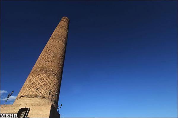 Old minaret781230