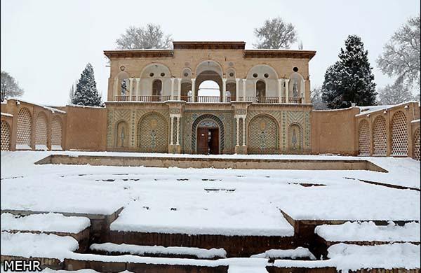 Shazdeh Garden187