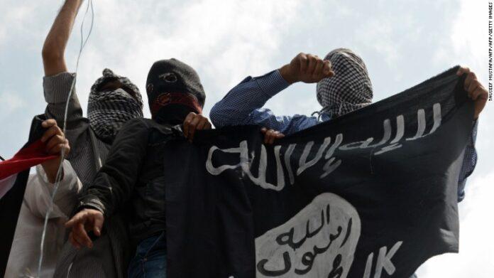 نائب ايراني: الهدف من تاسيس داعش الاطاحة بالثورة الاسلامية
