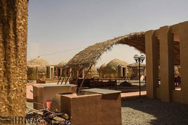 Mud-Hut Hotel-5037573