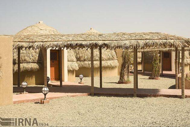 Mud-Hut Hotel-5037574