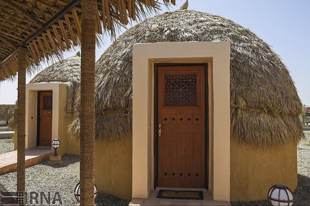 Mud-Hut Hotel-5037608