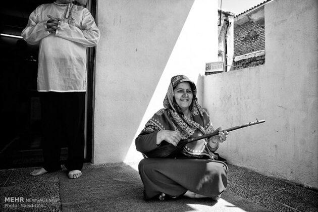 Turkmen Musicians (13)