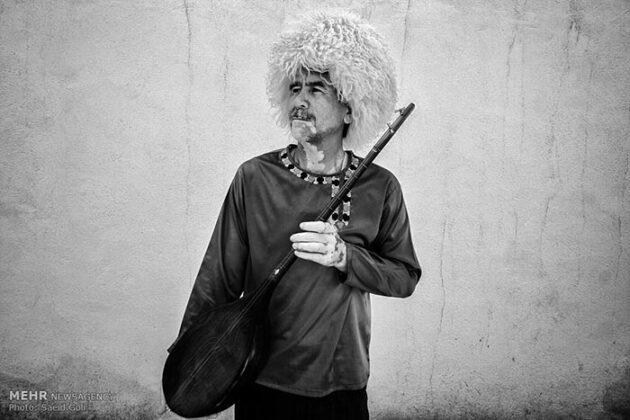Turkmen Musicians (2)