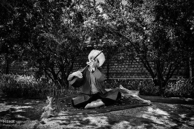 Turkmen Musicians (3)