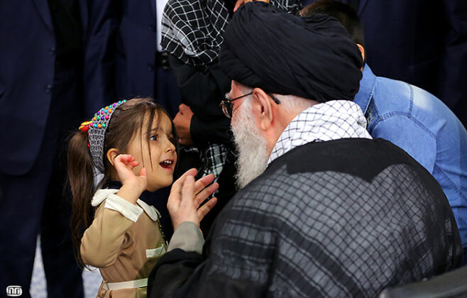 Ayatollah Khamenei-4-Year-Old Girl (3)