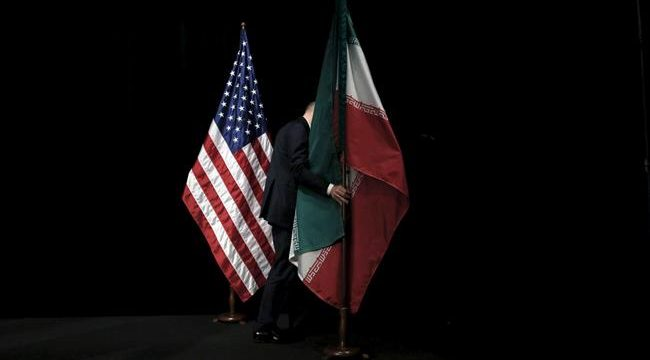 Iran-US-flags