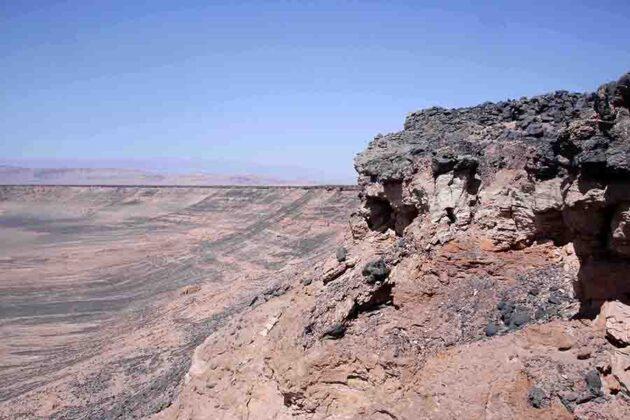 Lut Desert: Gandom Beryan