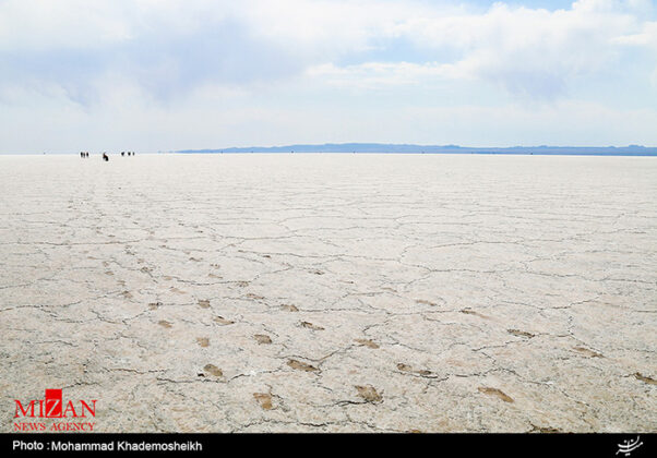 Hoz-e Soltan Salt Lake