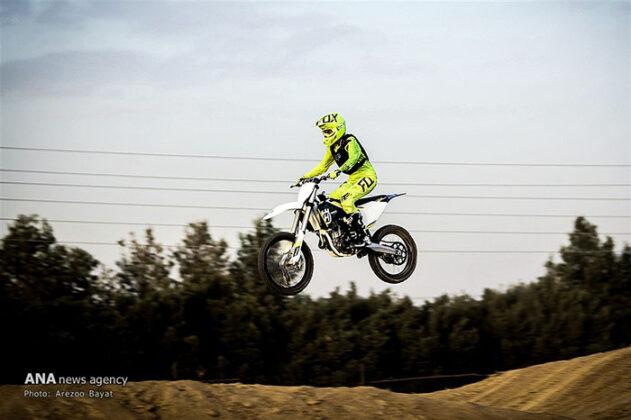 Off-Road Motorcycle Race14_b