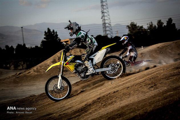 Off-Road Motorcycle Race22_b