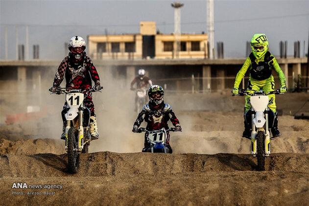 Off-Road Motorcycle Race5_b