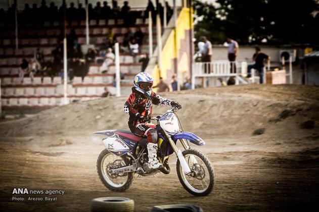 Off-Road Motorcycle Race84_b