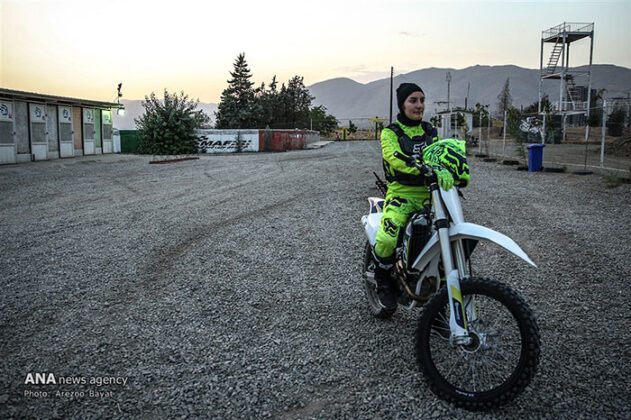 Off-Road Motorcycle Race9_b