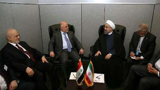 Iranian President Hassan Rouhani (2nd, R) meets with Iraqi Prime Minister Haider al-Abadi (2nd, L) in New York on September 21, 2016.