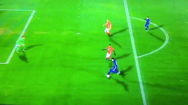 Boateng approaches Azmoun...