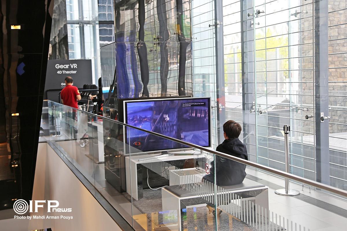 بچه ها با حضور در موزه و نمایشگاه سامسونگ، هم بازی و می کنند و هم با آخرین یافته های عرصه تکنولوژی آشنا می شوند.